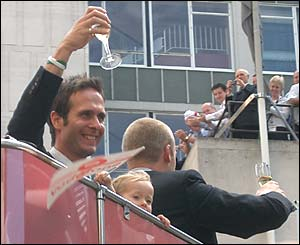 Chris Jones captures Michael Vaughan at Mansion House
