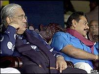Foreign Minister Anura Bandaranaike (L) and PM Mahinda Rajapakse