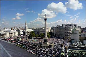 Panoram shot of the crowds in Trafalgar Square