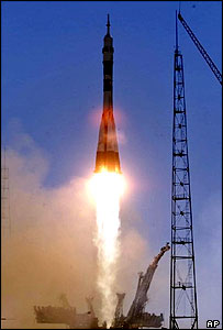 The Soyuz TM32 spacecraft blasts off from the launch pad at the cosmodrome Baikonur in Kazakhstan, Saturday, Apr. 28, 2001
