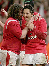 Gavin Henson (right) with team-mate Adam Jones