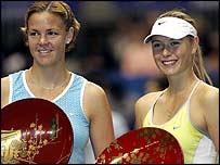 Lindsay Davenport and Maria Sharapova