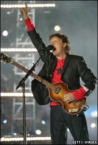 Sir Paul McCartney playing live at the Super Bowl