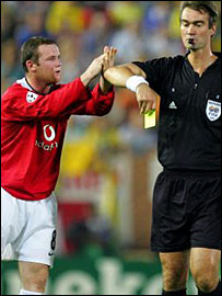 Wayne Rooney is sent off as Man Utd draw against Villarreal
