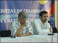 Ministro de Comercio de Colombia, Jorge Humberto Botero (iz) y el jefe del equipo necogociador, Hernando José Gómez (Foto: Ministerio de Comercio)
