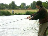 Hombre pescando
