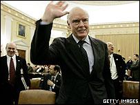 El secretario del Tesoro de Estados Unidos, John Snow