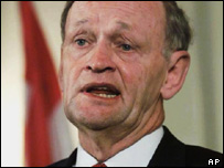 Former Canadian Prime Minister Jean Chretien (file photo)