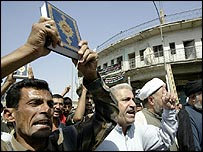 Iraqis rally after Baghdad suicide bombing, 16 Sept 2005