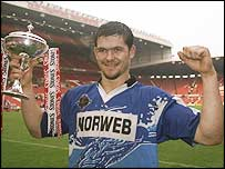 Andy Farrell after winning the Stones Bitter Premiership in 1997