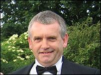 Phil Lewis