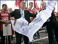 Union officials and Dara workers in Cardiff on Tuesday