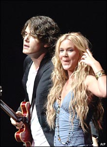 Grammy-award-winning John Mayer and UK soul singer Joss Stone.