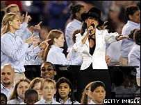 Alicia Keys performs God Bless America before the start of Super Bowl