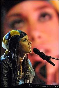 Alicia Keys in 2001