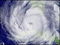 Hurricane Rita heading into Gulf of Mexico