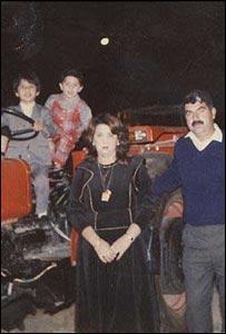 Umm Omar, Mohammad Chukri Mahmood and family