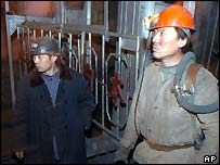 Rescue workers at Sunjiawan mine
