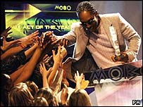 Lemar greets fans after winning Mobo award for UK