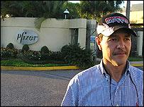 Bafceloneta's mayor Lisandro Reyes