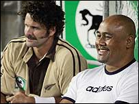 Chris Cairns and Jonah Lomu (right)
