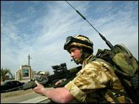 UK soldier in Iraq