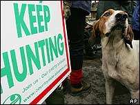 Countryside Alliance 'keep hunting' sign