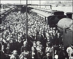Workers arriving for work in Bridgend, courtesy of Merthyr library