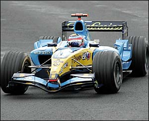 Fernando Alonso is content to sit in third place