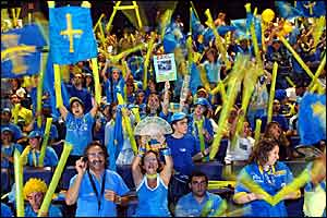 Fernando Alonso's fans celebrate