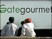 Gate Gourmet lorry passes striking workers