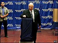 PM Ariel Sharon voting