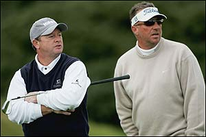 Ian Woosnam (left) and England cricket legend Ian Botham