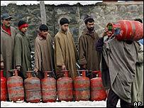 Srinagar queues