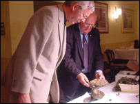 Judges Dr Stephen J Lockwood and Dr Eric Edwards, vice president of the Shellfish Association of Great Britain