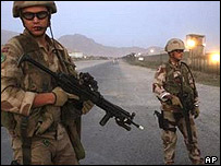 Isaf soldiers on Kabul road