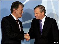 Viktor Yushchenko and Jaap de Hoop Scheffer
