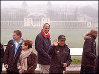 Sir Steve Redgrave (centre) with Culture Secretary Tessa Jowell and members of the IOC team