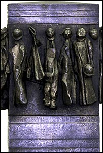 Memorial to WWII heroines