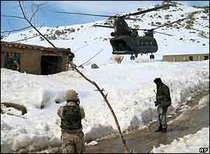 Helicopter relief in Afghanistan