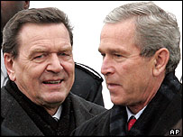 Chancellor Schroeder (left) and President Bush