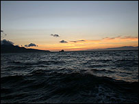 Estrecho de Gibraltar al anochecer. Foto Manuel Toledo.