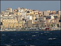 Ceuta, vista desde el mar. Foto Manuel Toledo.