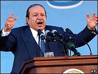 President Bouteflika delivering a speech