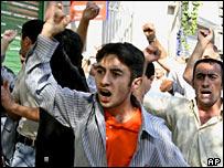 Opposition supporters on a Baku street on Sunday 25 September 2005