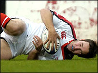 Paddy Wallace dives over for Ulster's opening try against Leinster