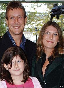 Stephen Tompkinson and family