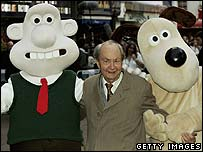 Peter Sallis (centre) with Wallis and Gromit