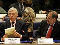 British Foreign Secretary Jack Straw (left) and EU foreign policy chief Javier Solana during discussions in Luxembourg on Turkish accession to the EU