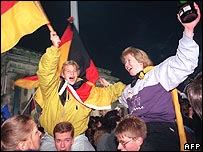 Germans celebrate on 3 October 1990